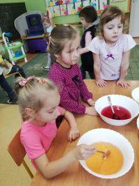Smaczny izdrowy deser owocowy
